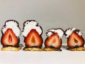 オザワ洋菓子店のいちごスイーツ「いちごシャンデ」