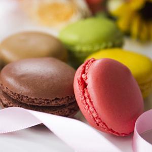 ホワイトデーに人気のお菓子マカロン画像